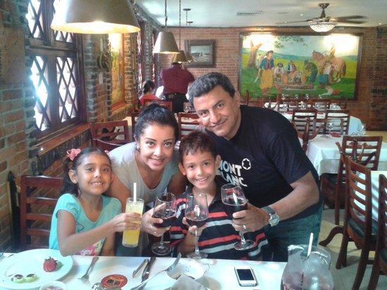 Bovino's Churrascaría : EXCELENTE OPCION PARA CELEBRAR!