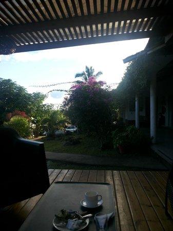 Hotel Rapa Nui : Desde la terraza hacia la administración