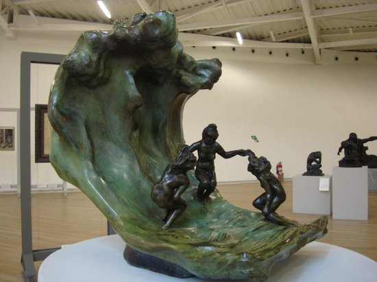 """Museo Soumaya: Artista Camille Claudell """"La Ola"""""""