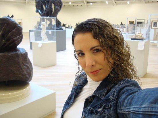 Museo Soumaya: Autofoto en el 6to piso exhibición de Rodin, entre otros