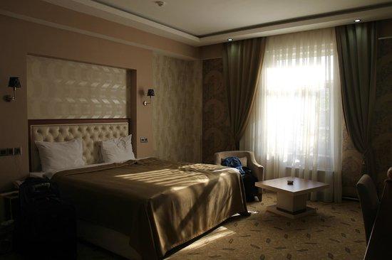Grand Hotel: Просторный номер