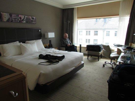 Hilton Frankfurt City Centre : King Room
