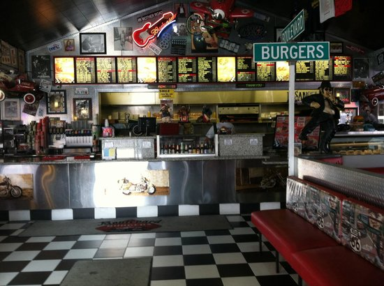 Boulevard Burgers: Great prices