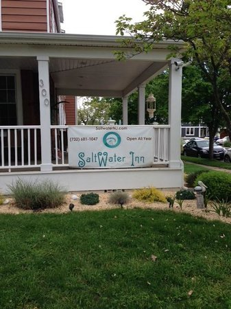 Saltwater Inn: Outside