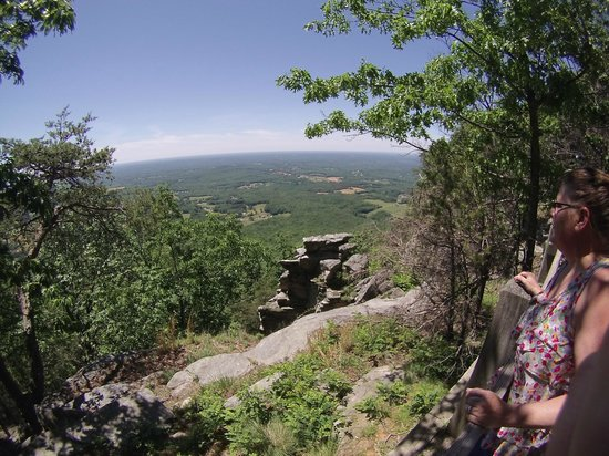 Pilot Mountain State Park: view from small pinnacle
