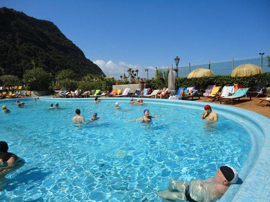 Giardini Poseidon Terme : Бассейн на открытов воздухе