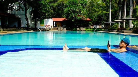 Cinnamon Lodge Habarana: Pool