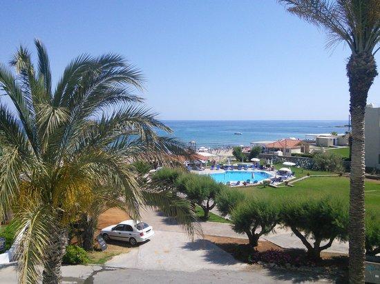 Akrogiali Beach Hotel: вид из номера