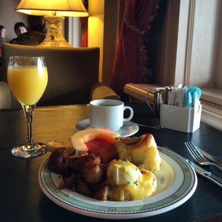 The Fairmont Empress: Breakfast