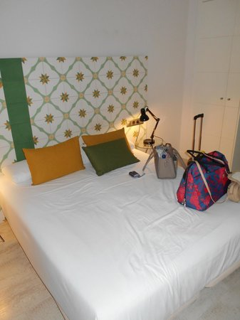 Eric Vokel Boutique Apartments - Gran Via Suites: Double bedroom