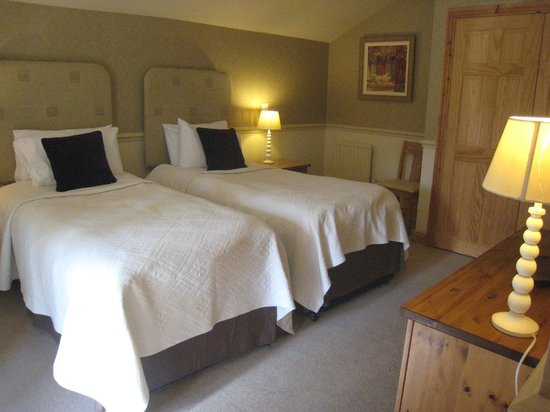 Doxford Cottages: Twin room