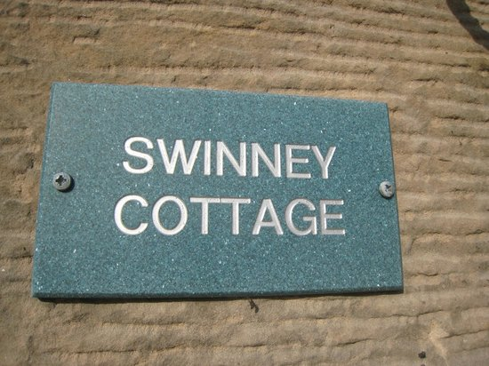 Doxford Cottages: Name plaque