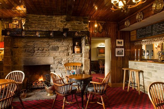 The Rose & Crown: The Bar