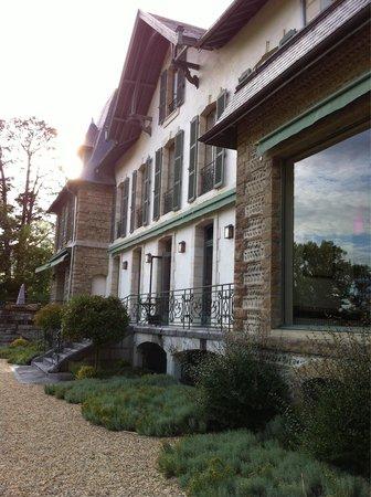 Hotel Villa Navarre : Façade arrière