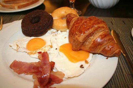 Golden Bahia de Tossa: Mon assiette perso avec les envies du matin !