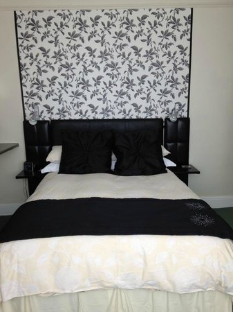 Hepworth Guest House: heavenly bed!