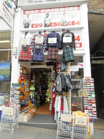 Edinburgh Old Town: A shop selling Edinburgh's Clothing and More