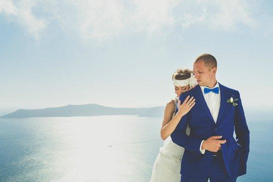 White Santorini Suites & SPA: территория отеля, вид на море