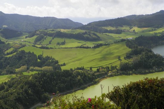 Azores Private Tours: View of the valley from up top.