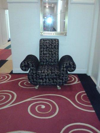 Crowne Plaza Hotel Brussels - Le Palace: le couloir