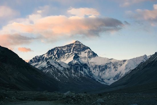 Mt. Qomolangma Nature Reserve : Everest At Dusk, from Rongbuk Monastery