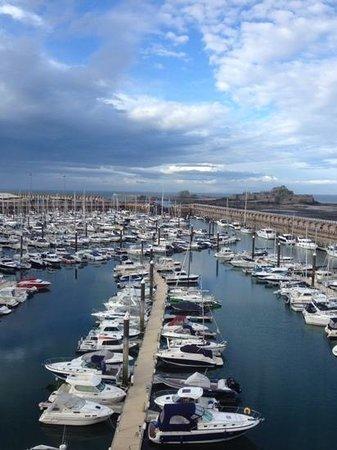Radisson Blu Waterfront Hotel, Jersey: Marina view