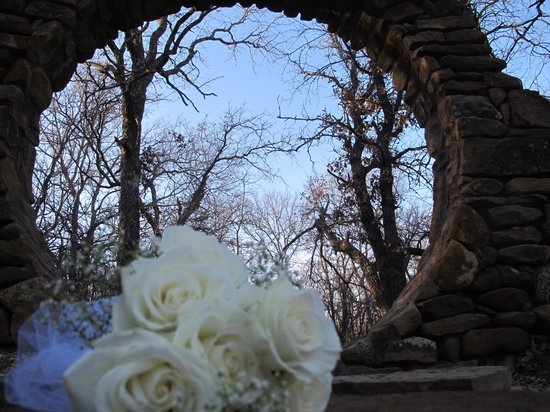 Star of Texas Bed & Breakfast: Moon Gate for your elopement ceremony