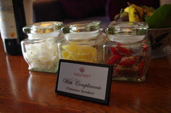 Essence Hanoi Hotel & Spa: Complimentary sweets