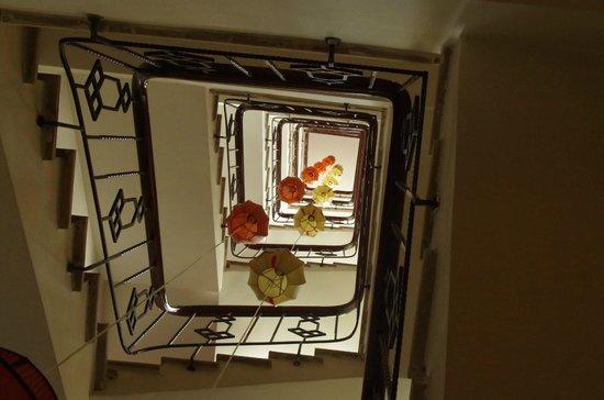 Essence Hanoi Hotel & Spa: Stairway