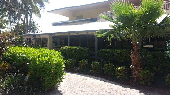 Days Hotel - Thunderbird Beach Resort: zona de restourant