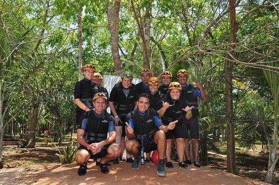 Rio Secreto : Nuestro Grupo con un gran guia
