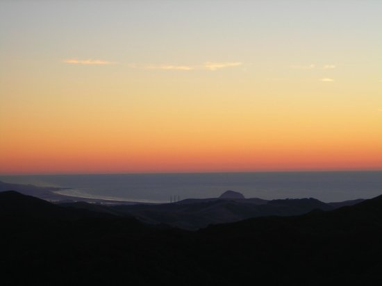 Asuncion Ridge : Sunset over Morro Bay as seen from Inn