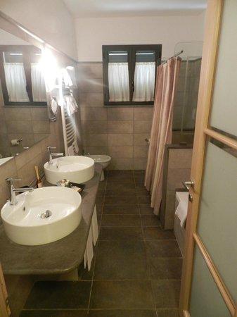 Montebelli Agriturismo & Country Hotel: ...il bagno...