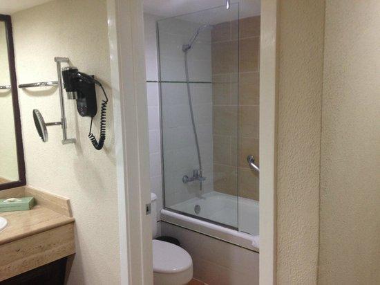 Barcelo Bavaro Beach - Adults Only: Bathroom