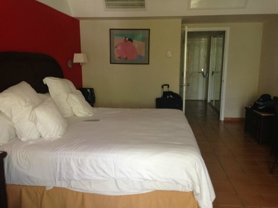 Barcelo Bavaro Beach - Adults Only: Very comfy bed!