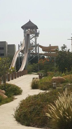 Lost Paradise of Dilmun Water Park: Slides