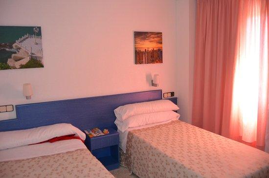 Apartamentos Levante Club: Dormitorio