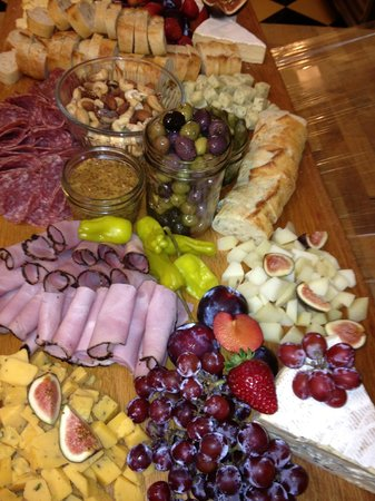 Wild Pear: Meat and Cheese platter