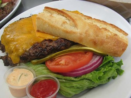 Barney's Gourmet Hamburgers: Big Barney's Burger