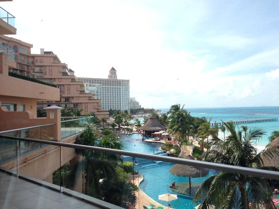Grand Fiesta Americana Coral Beach Cancun: View from the fitness center
