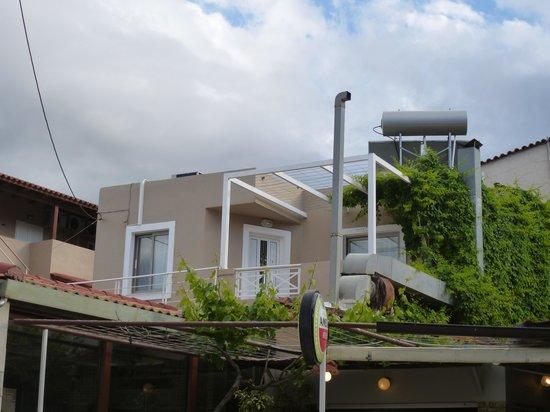Taverna Paradise Studios & Apartments : Balkon Zimmer 11