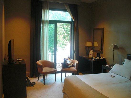 Hotel Duquesa de Cardona: Schlafzimmer