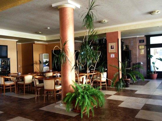 Forum Hotel : Lobby