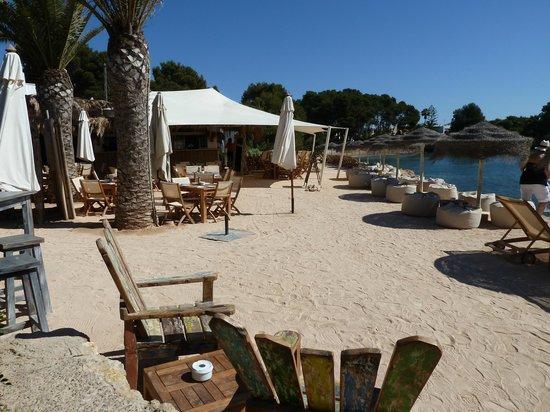 Grupotel Santa Eularia Hotel: Babylon beach bar