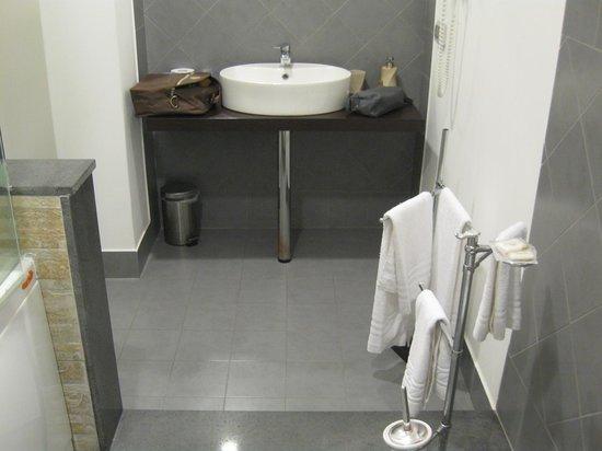 Manganelli Palace Hotel: The bathroom