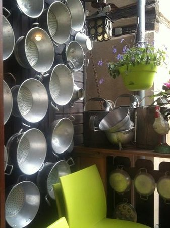 La Table du Brocanteur : Beaux éléments de décor