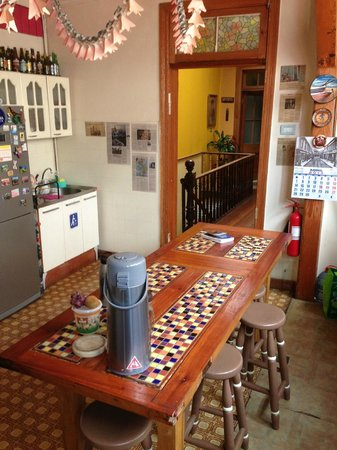 B&B La Nona: Kitchen and eating area