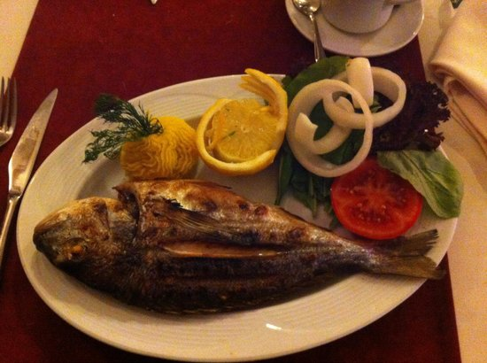 Sunset Beach Restaurant Bitez: Fish