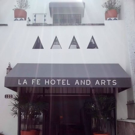 LA Fe Hotel and Arts: Hotel Entry