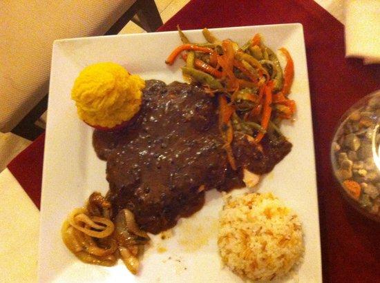 Sunset Beach Restaurant Bitez: Beef